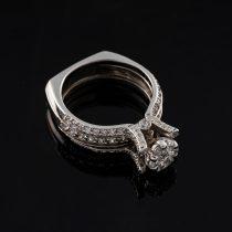 انگشتر طلا 18 عیار جواهری سون مدل 1517
