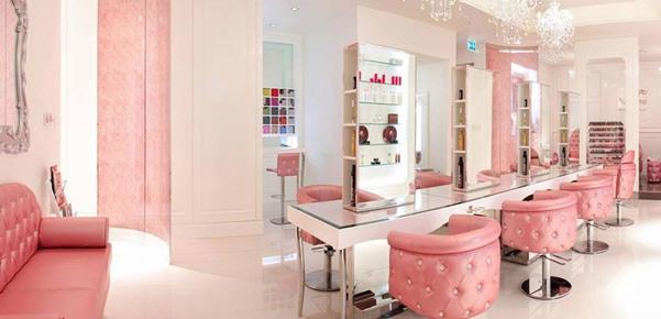 آرایشگاه مدرن با طراحی لوکس