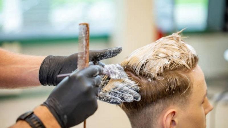 رنگ کردن موی مردانه در خانه