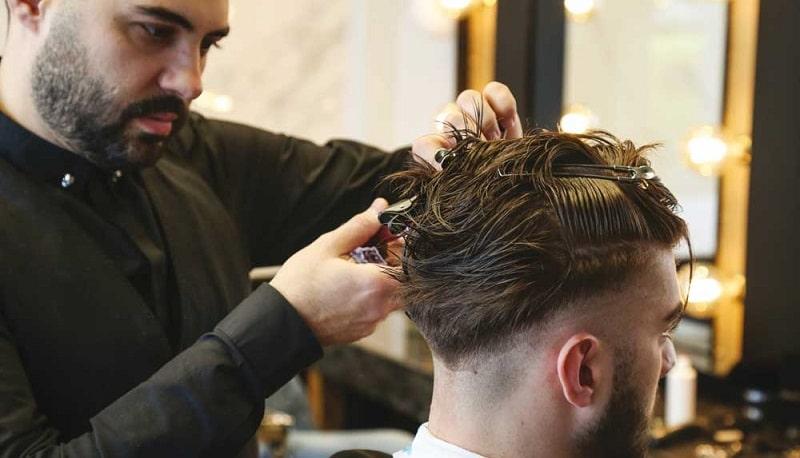 مزایا و معایب شغل آرایشگری